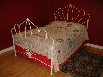 Rossett iron bed